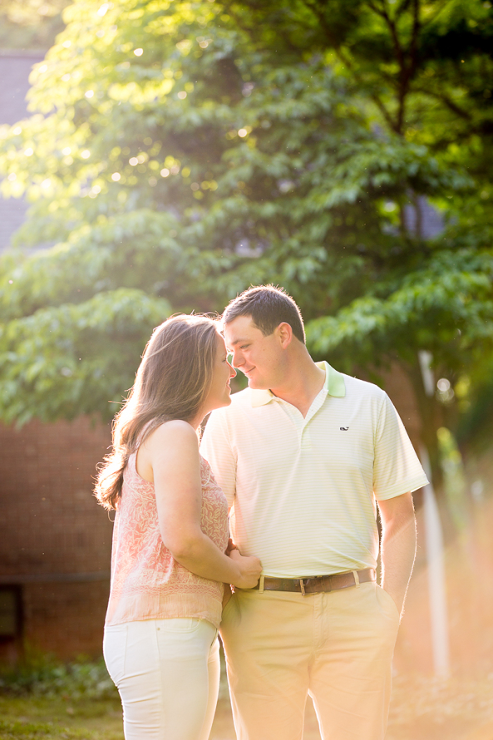 Kennesaw Mountain Engagement Couples At Sunset Wedding Photo | www.hannahandrandall.com
